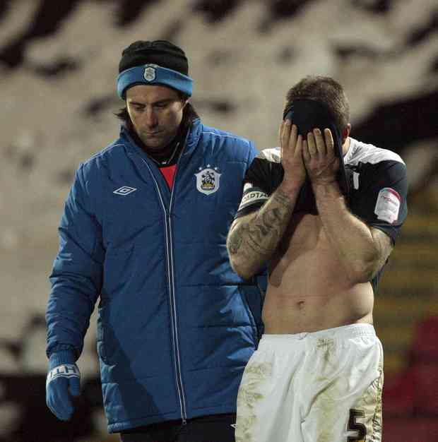image-6-for-huddersfield-town-defeated-by-watford-gallery-153512728