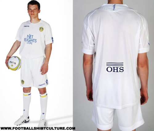 leeds-united-10-11-macron-home-kit